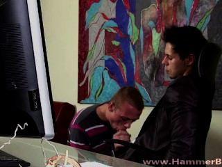 Ennio Guardi और hammerboys टीवी से रॉबिन बर्ग