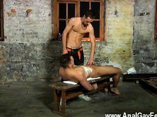 समलैंगिक वीडियो ल्यूक हमेशा खुशी है कि सिर्फ डीप थ्रोटिंग से साहस नहीं है