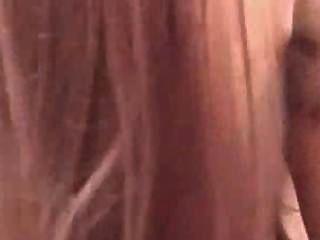 बड़े स्तन के साथ अद्भुत पीओवी लाल सिर