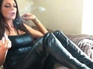 सेक्सी धूम्रपान न करने, चमड़े के जूते