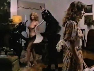 60 के दशक में विदेशी महिला के साथ सेक्स heve