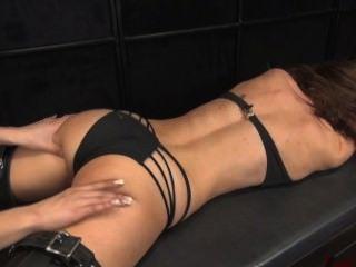 Veronika गुदगुदी और पैर चाट नीचे चेहरा