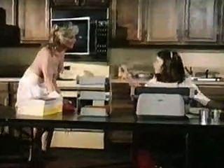 satisfactions (1982) पूरी फिल्म Kay पार्कर