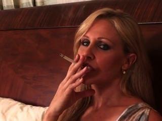 परिपक्व धूम्रपान