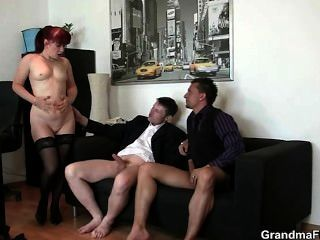 कार्यालय कुतिया दो लंड आनंद मिलता है