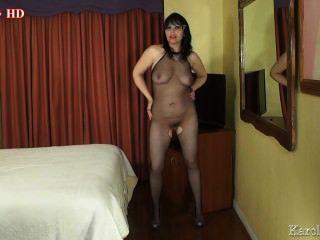 करोल elystar: मिठाई शरीर और अद्भुत स्तन HD।