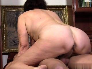बड़े स्तन GF कमबख्त