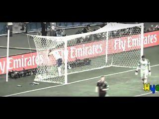 युवा ब्राजीलियाई पूरे जर्मन फुटबॉल टीम द्वारा गड़बड़ हो (संकलन)