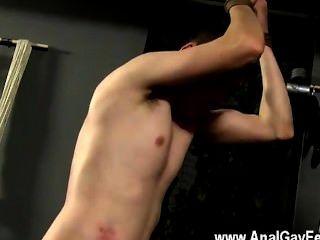 समलैंगिक नंगा नाच Aiden उसके चेहरे स्मैश, लोग धड़ पर जिस्म बाहर tugging