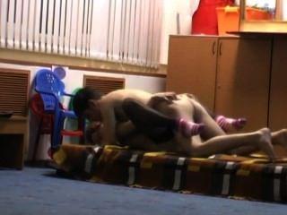 शौकिया सींग का बना लड़की भयानक घर का सेक्स टेप