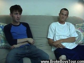 समलैंगिक XXX Torin सोचा था कि वह सिर्फ स्टीवन उछाल बंद होगा काम करने के लिए,