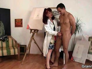 Oldie चित्रकला और मुश्किल लंड पसंद करती है