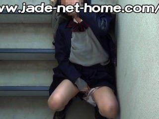 परिसर में छिप -jk (स्कूल लड़कियों) आपातकालीन सीढ़ी जिल बंद