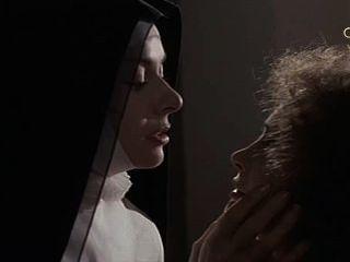 ऐनी हेवुड और मार्टिन सेंट महादूत की नन में Brochard