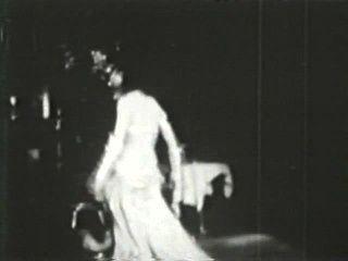 दृश्य 3 - सॉफ़्टकोर 580 50 के दशक और 60 के दशकों जुराब
