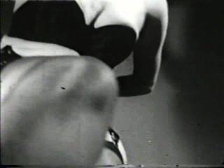 दृश्य 2 - सॉफ़्टकोर 565 40 और 50 के दशक जुराब