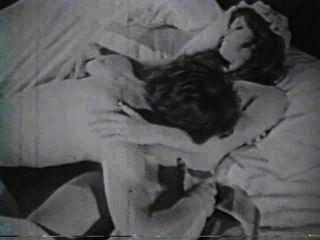दृश्य 2 - सॉफ़्टकोर 582 50 के दशक और 60 के दशकों जुराब