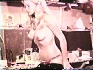 सॉफ़्टकोर जुराब 590 से 1970 के दशक - दृश्य 1