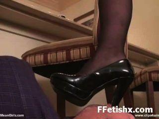 मनोरंजक पैर बुत कट्टर लंबे पैर adoring