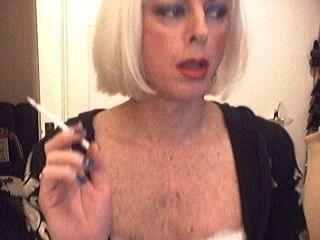 धूम्रपान बहिन क्रिसी