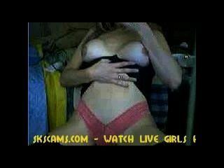 वेब कैमरा लड़की एक सेक्स शो दे