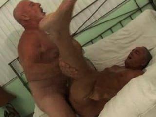 बालों वाली गर्म आदमी सेक्स poolboy भाग 1