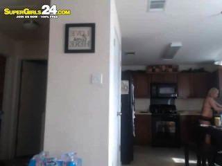 सुपर गर्म गोरा Webcam किशोर लड़की चिढ़ा