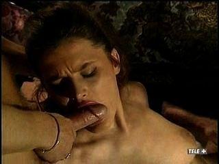 प्यारा श्यामला के साथ विंटेज इतालवी फिल्म त्रिगुट
