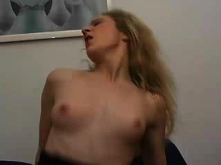 बारा सेक्स शो - दृश्य 1