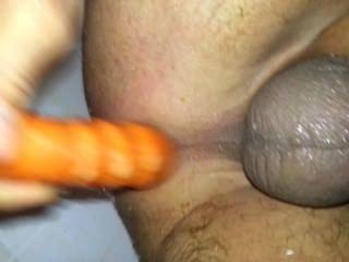 एक गाजर के साथ स्नान में अपने गंदे गधा कमबख्त!- 24karrot!