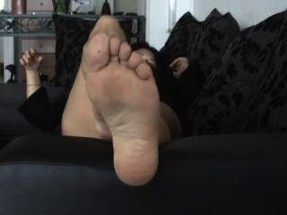 पैरों के तलवों मेरी पत्नी nylonner