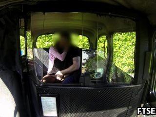 एक टैक्सी में बदला बकवास वीडियो