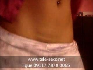 किशोरों प्यारा उसे सुंदर स्तन से पता चलता tele-sexo.net 09117 7878 0065