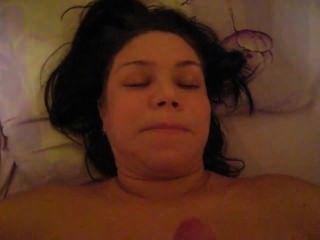 पत्नी blowjob कर रही है तो मैं उसके चेहरे पर सह
