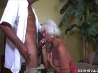 दादी blowjob