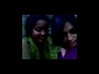 भारतीय किशोर कॉलेज के दौरे पर समलैंगिकों