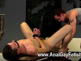 Aiden के समलैंगिक फिल्म में भी इस फिल्म में दंड की एक बहुत हो जाता है उसके होने