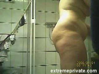 नग्न बीबीडब्ल्यू शरीर मेरी माँ जासूसी कैमरे पर पकड़ा