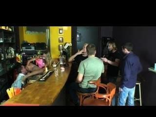 गोरा क्लब में boners बेकार