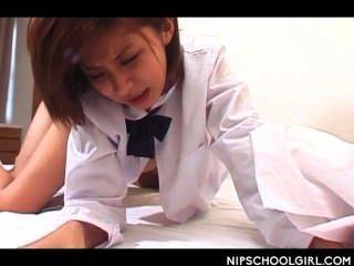 पहली बार के लिए जापानी स्कूल लड़की योनी किसी न किसी कुत्ते शैली
