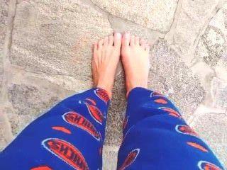 इंस्टाग्राम से एमी rossems पैर