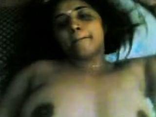भारतीय - निर्माता के साथ मलयालम अभिनेत्री