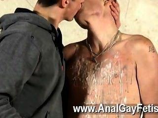 समलैंगिक अश्लील प्रमुख और परपीड़क Kenzie मैडिसन खेलने के लिए एक विशेष खिलौना है