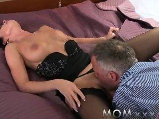 सींग का बना माँ - सबसे अच्छा सेक्स