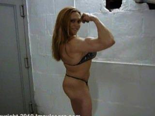 सेक्सी, कोलेट नेल्सन
