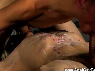 समलैंगिक एक आपसी fellating उनहत्तर XXX बहुत पहले प्रवाह spilling है