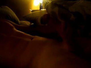 सेक्सी Str8 आदमी cam./ पर बंद मरोड़ते