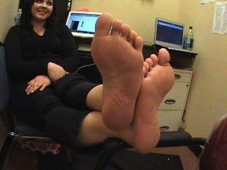 मोटी भावपूर्ण पैर latinaa झुर्रीदार तलवों