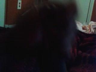 पहली बार मेरे काले डिक मरोड़ते और कैम पर कमिंग