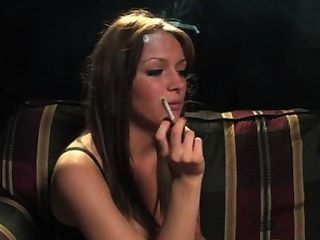 धूम्रपान महिला 1